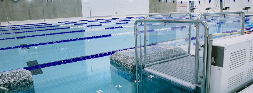 Pool lift in Delbrook pool